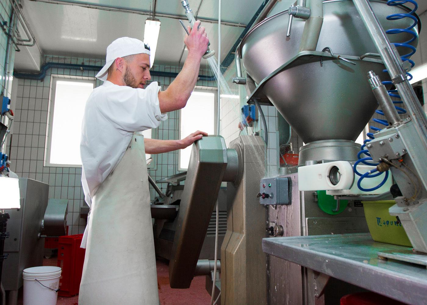 Schutz vor Feuchtigkeit, Korrosion, Kurzschluss in der Produktion